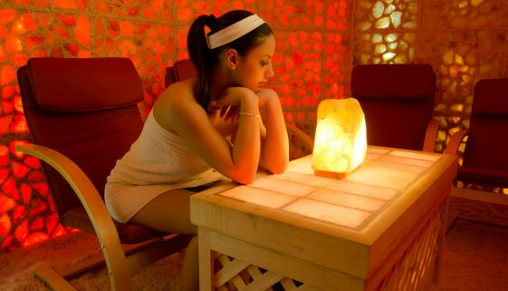 How to Tell If a Salt Lamp Is Real